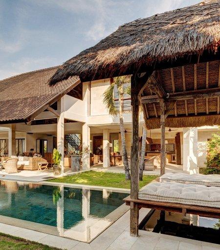 Villa Abaca Kadek - 5 Bedrooms Villa - Bali Villa Rentals in Seminyak