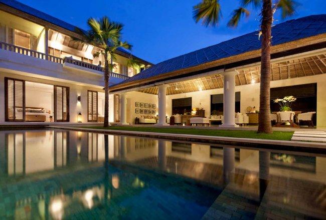 Villa Adasa - 3 Bedrooms Villa - Bali Villa Rentals in Seminyak