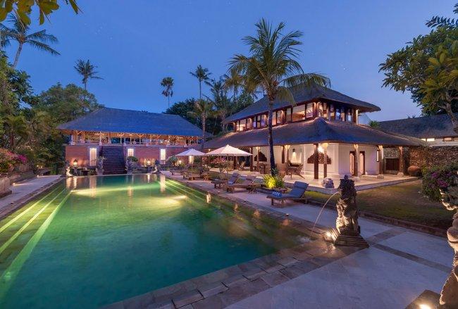 Villa Batu Jimbar - 8 Bedrooms Villa - Bali Villa Rentals in Sanur