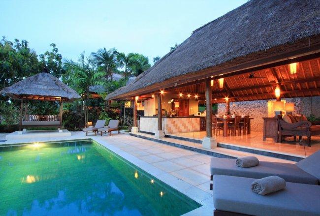 Villa Bayu - 4 Bedrooms Villa - Jimbaran Luxury Villa