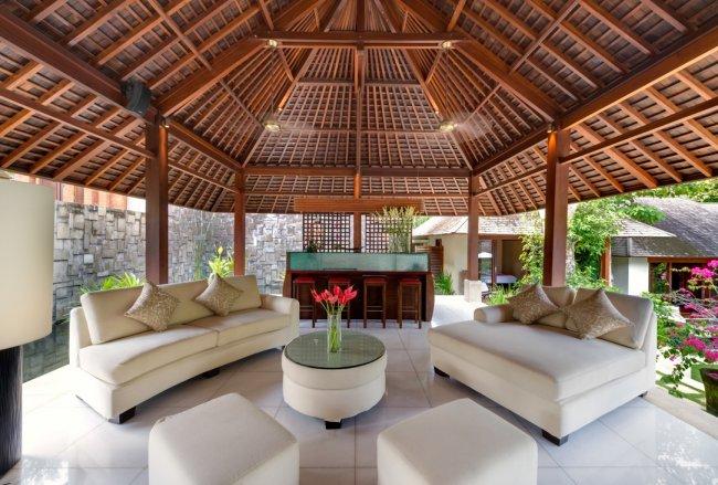 Bunga Pangi Villa - 3 Bedrooms Villa - Bali Villa Rentals in Canggu