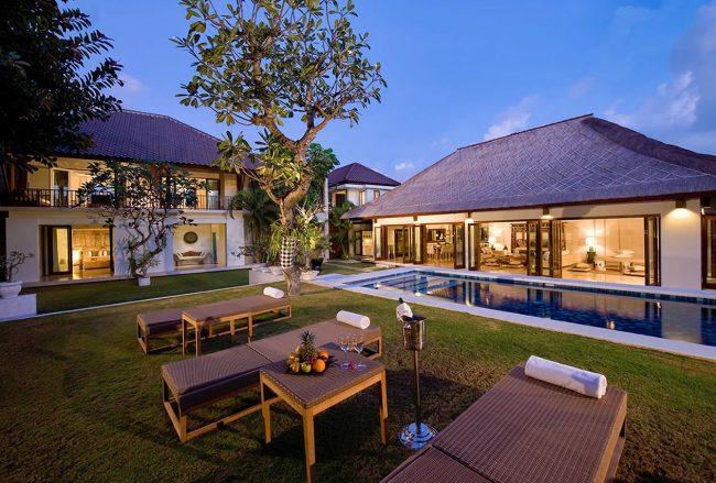 Villa Casa Evaliza - 4 Bedrooms Villa - Bali Villa Rentals in Seminyak
