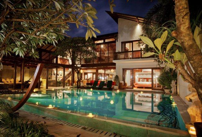 Villa Casis - 6 Bedrooms Villa - Bali Villa Rentals in Sanur