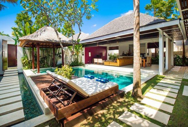 VILLA CHANDRA - 3 Bedrooms Villa - Bali Villa Rentals in Seminyak