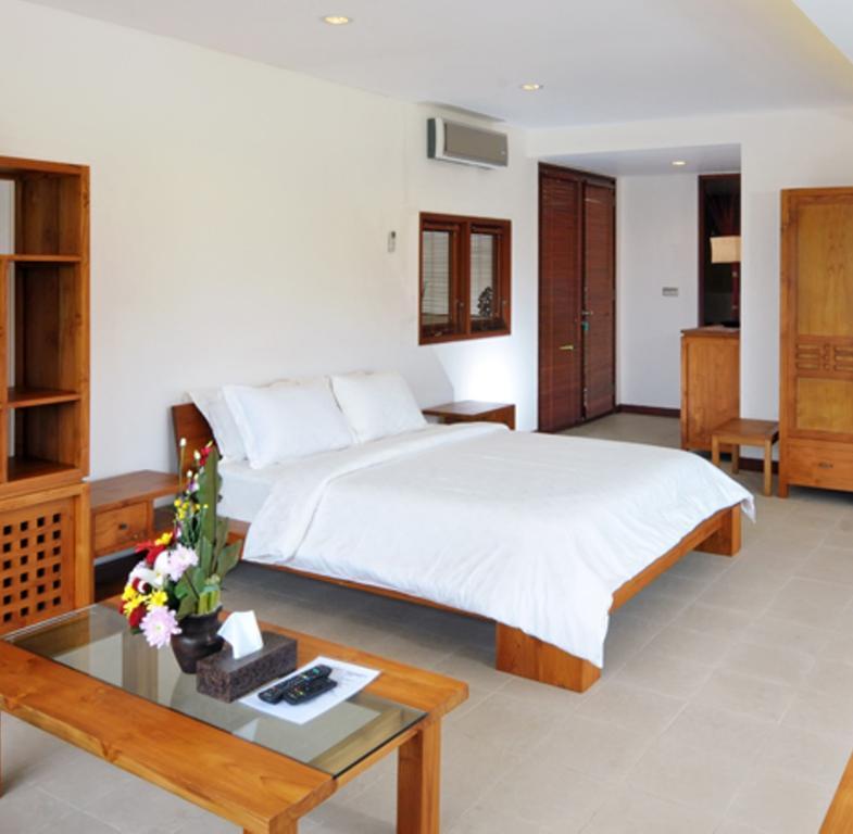Bedroom villa griya atma ubud bali bali villas for 6 bedroom villa bali