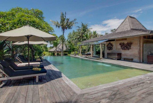 Villa Hansa - 7 Bedrooms Villa - Bali Villa Rentals in Canggu