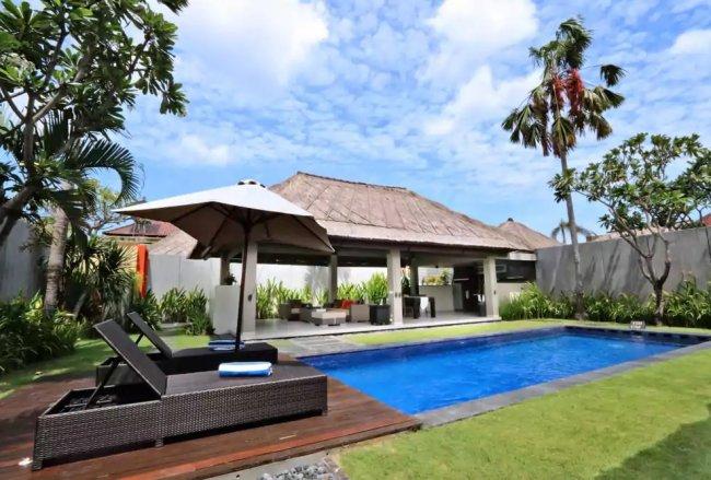 Jerami Seminyak Villas - 3 Bedrooms Villa - Bali Villa Rentals in Seminyak
