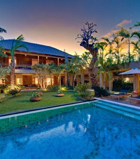 Villa Kinara - 6 Bedrooms Villa - Seminyak Luxury Villa