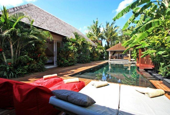 Villa La Banane - 4 Bedrooms Villa - Bali Villa Rentals in Kerobokan
