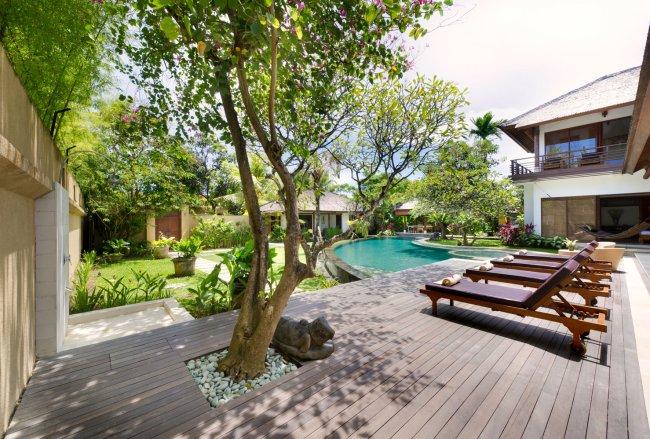 Villa Maharaj - 4 Bedrooms Villa - Bali Villa Rentals in Kerobokan