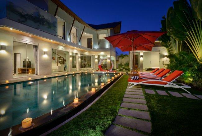 Villa Miro - 3 Bedrooms Villa - Bali Villa Rentals in Seminyak