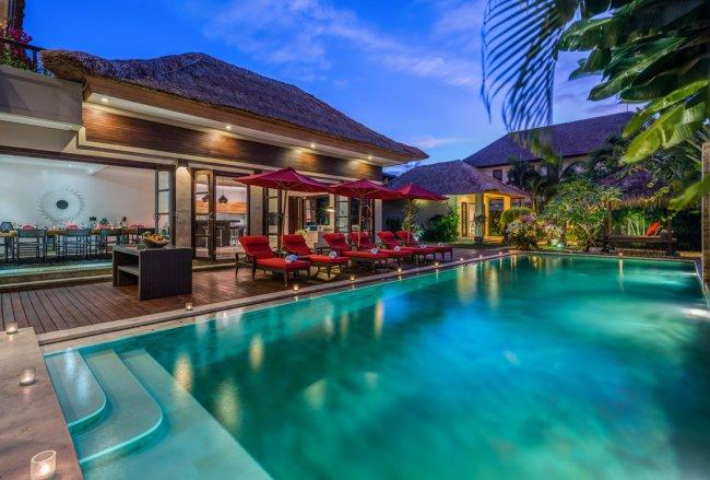 Villa Nilaya - 5 Bedrooms Villa - Bali Villa Rentals in Seminyak