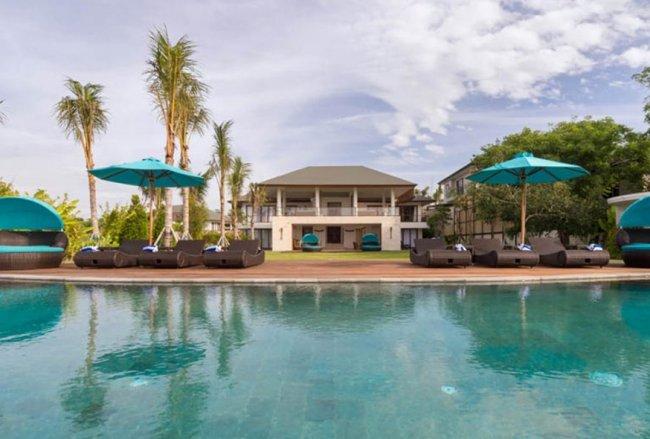 Rose Villa - 4 Bedrooms Villa - Bali Villa Rentals in Bukit Unggasan