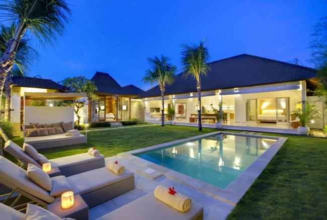 Sahana Villas - 3 Bedrooms Villa - Bali Villa Rentals in Seminyak