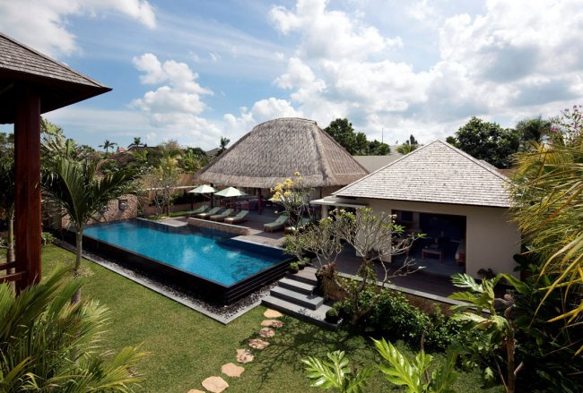 Satria Villa - 5 Bedrooms Villa - Bali Villa Rentals in Seminyak