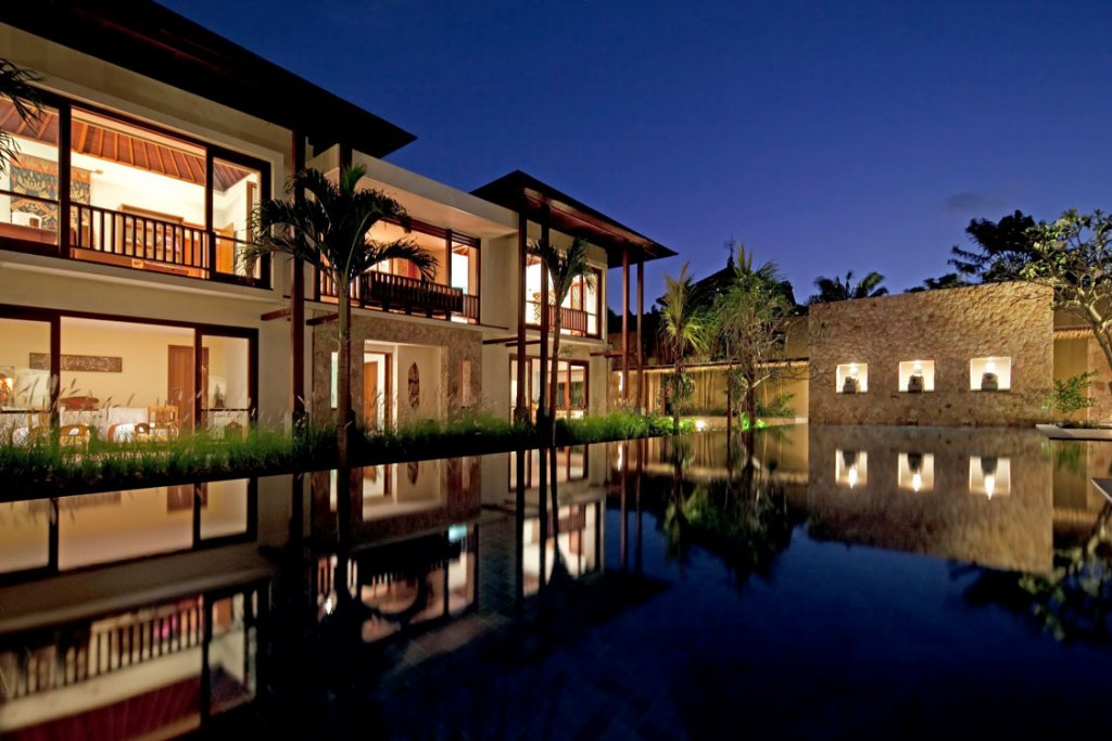 Satria Villa - 5 Bedrooms Villa - Seminyak Luxury Villa