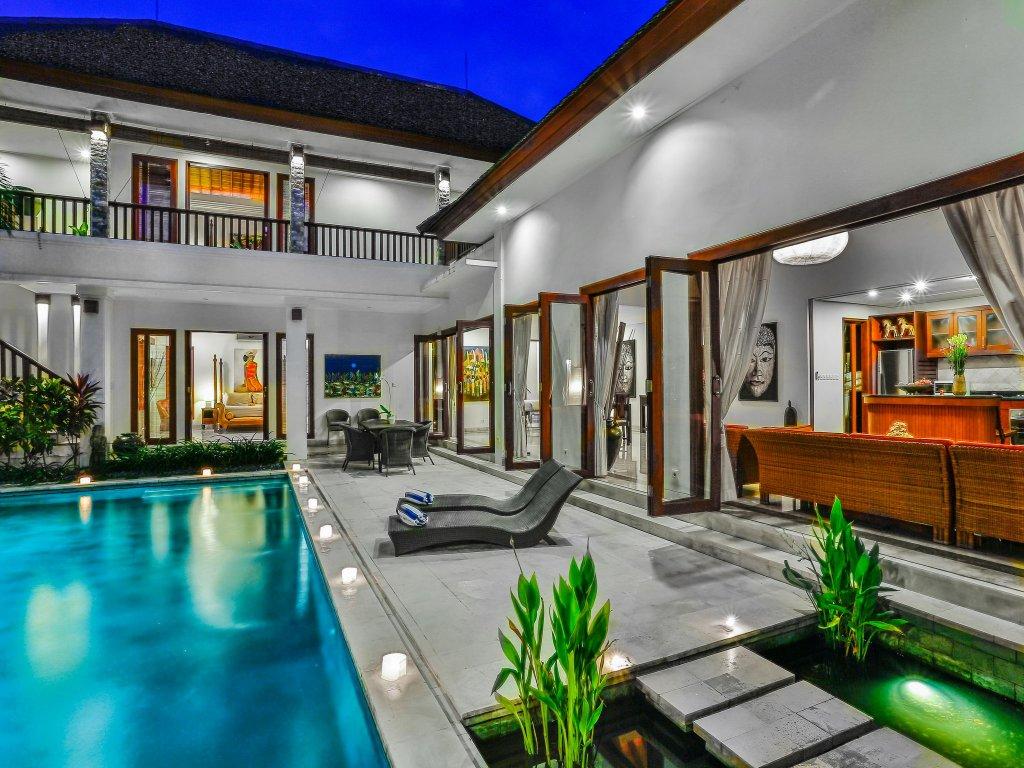 Shanti Villa - 4 Bedrooms Villa - Seminyak Luxury Villa