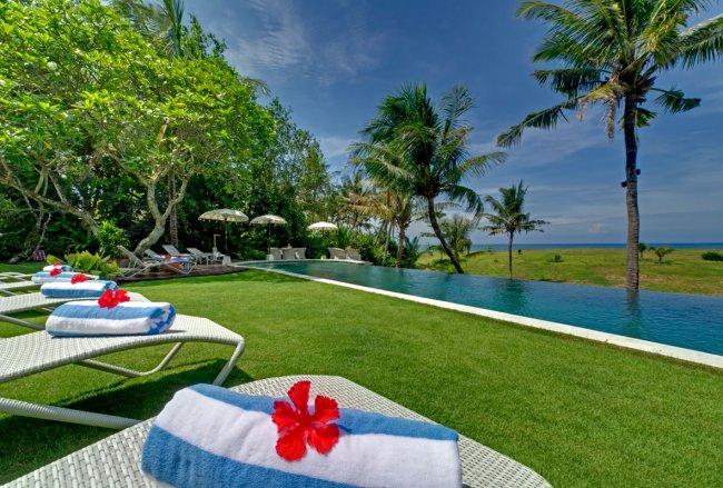 Sungai Tinggi Beach Villa - 6 Bedrooms Villa - Bali Villa Rentals in Badung