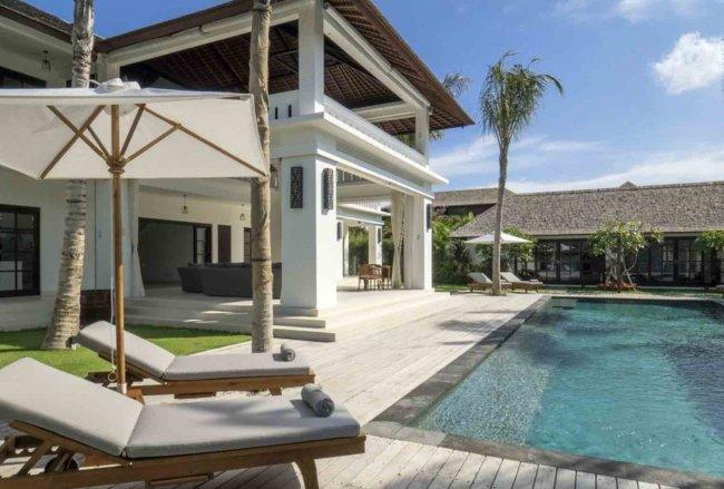 Villa Tjitrap - 6 Bedrooms Villa - Bali Villa Rentals in Badung
