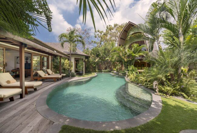 Lataliana Villa - 8 Bedrooms Villa - Bali Villa Rentals in Seminyak
