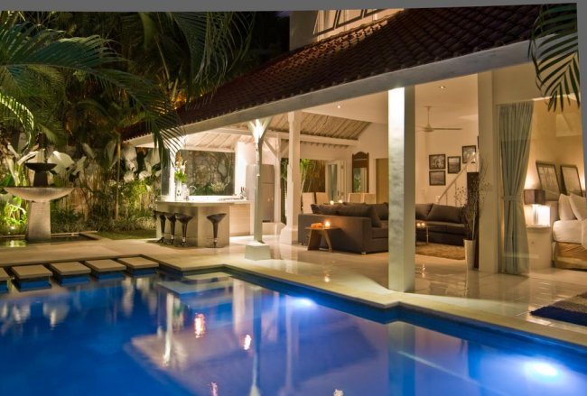 Esha Villas Drupadi 1 - 3 Bedrooms Villa - Bali Villa Rentals in Seminyak
