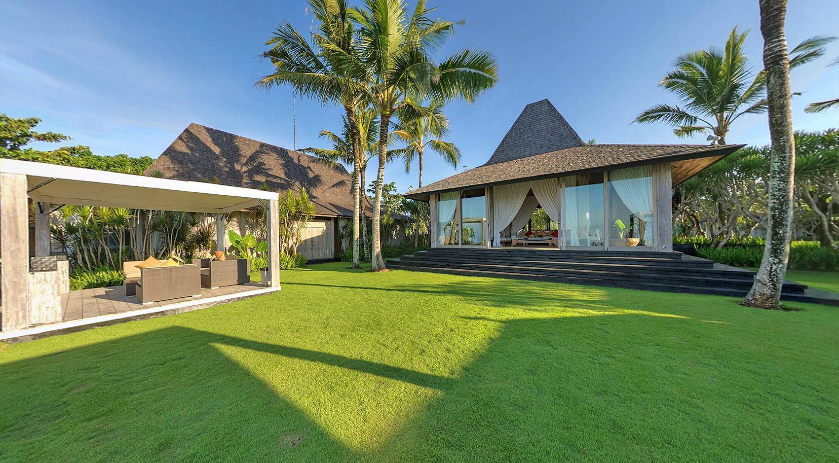 Backyard Villa Khayangan Estate Uluwatu Bali Bali Villas Villas In Bali