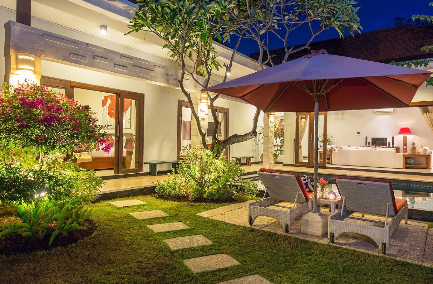 Bali villa amabel 3 bedrooms seminyak 4 bali villas for 6 bedroom villa bali