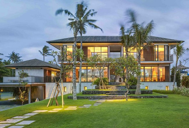Arnalaya Beach House - 5 Bedrooms Villa - Bali Villa Rentals in Canggu